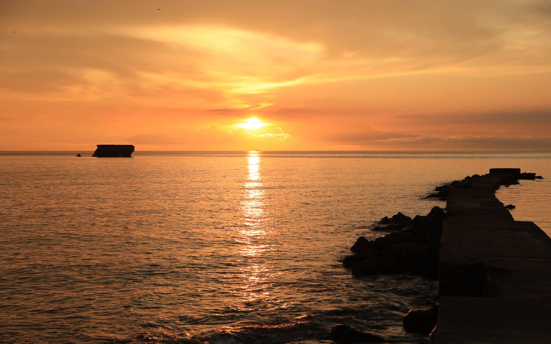 Fort de l'Heurt et coucher de soleil