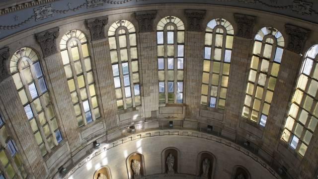 La Basilique Notre-Dame et sa crypte