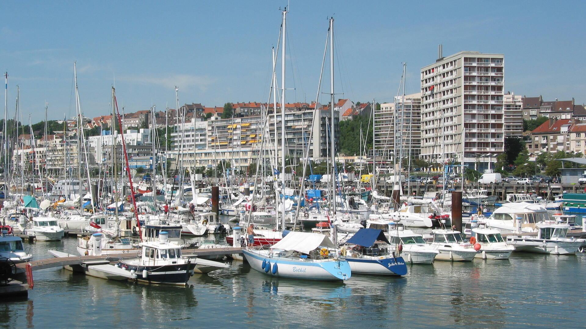 bassin avant port marina de Boulogne