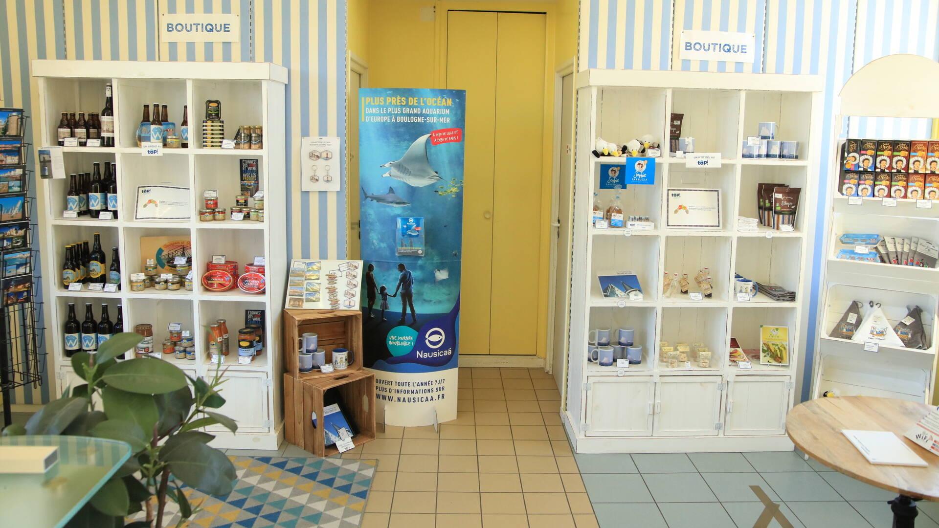Intérieur du Bureau d'Information Touristique de Wimereux