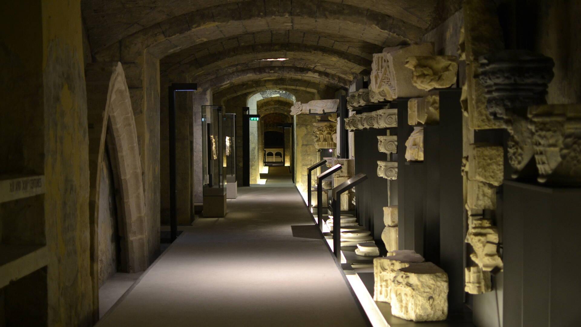 Couloir de la crypte