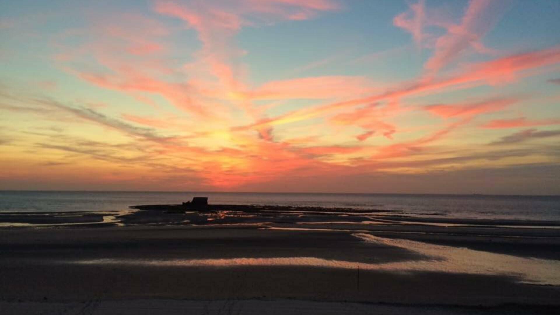 Coucher de soleil sur la plage du Portel